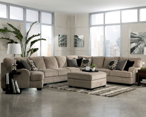 How to arrange furniture with a sectional sofa 6 guides for How to arrange sectional sofa in living room