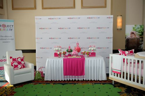 How to Arrange Furniture for a Baby Shower