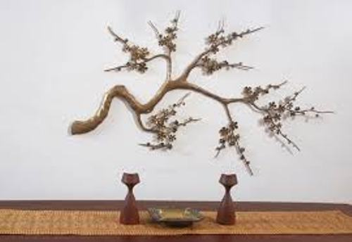 How to Arrange Metal Wall Art in Japanese Style