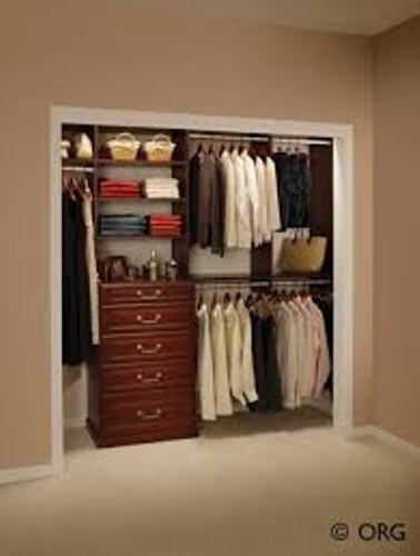 How to organize a bedroom with a small closet 5 ideas to for How to organize your small bedroom closet