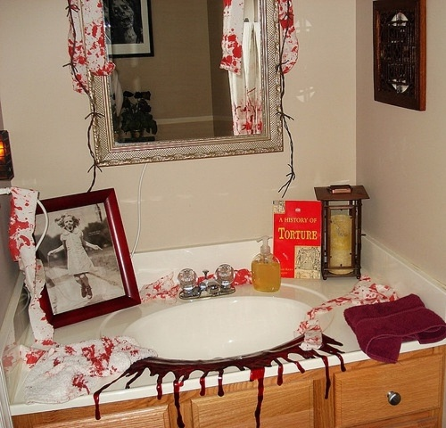 Bathroom for Halloween for Vanity