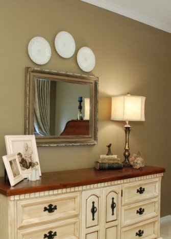 Bedroom Dresser Top Ideas