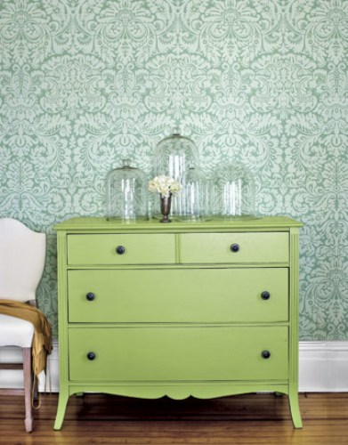 How to decorate bedroom dresser top 5 ideas to make it - Muebles pintados vintage ...