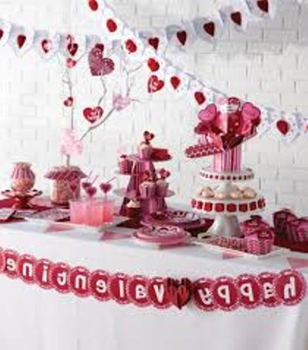 Cheap Valentine's Day Table Ideas