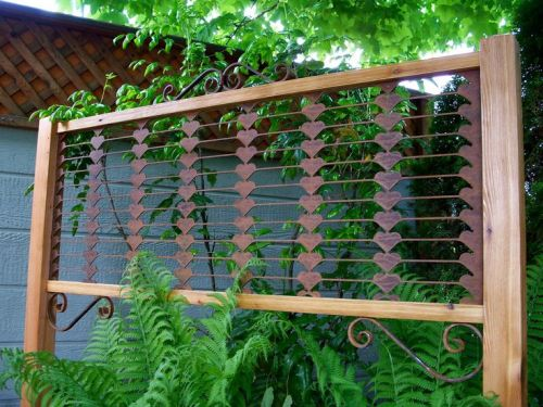 How to decorate garden trellis 5 guides to make stunning for Garden trellis ideas