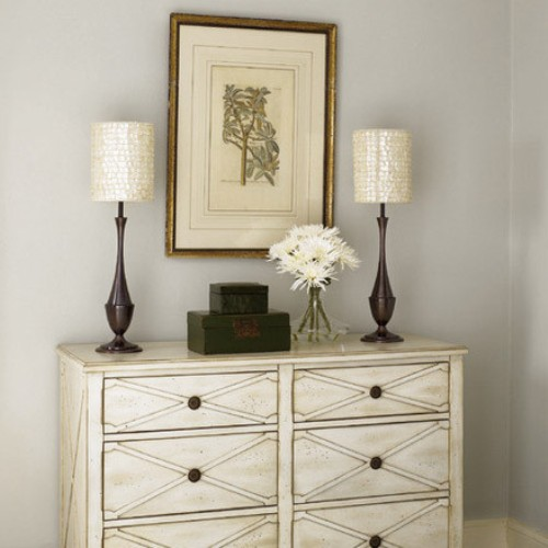 How to Decorate Bedroom Dresser Top
