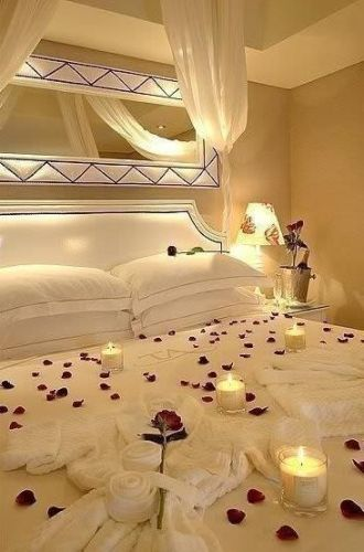 How to Decorate your Bedroom for a Romantic Night