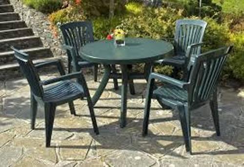 Plastic Garden Chairs Decoration