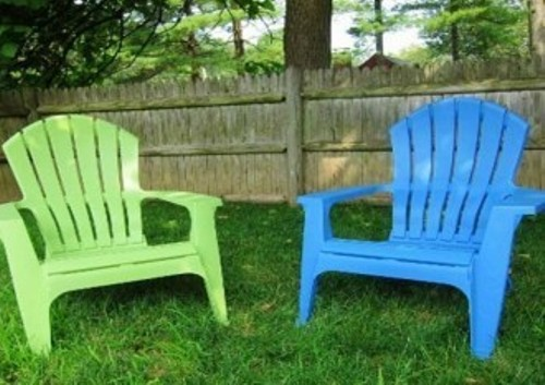 How to decorate plastic garden chairs 5 guides for enchanting look home improvement day Painting plastic garden furniture