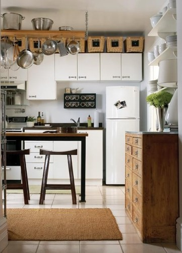 Country Kitchen Cupboards