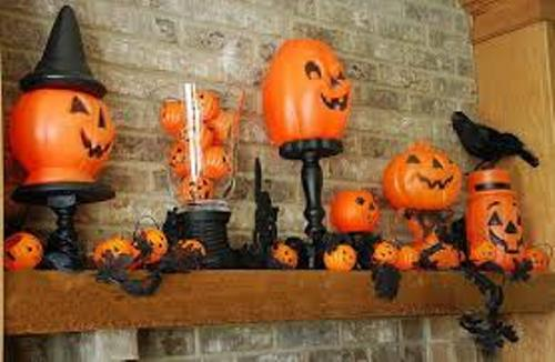 Creative Fireplace Mantel for Halloween