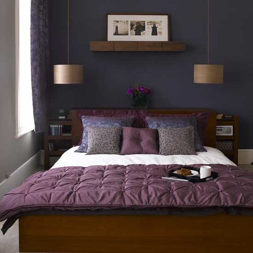 How to Arrange a Small Bedroom with a King Bed
