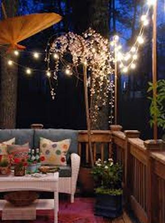 How to Decorate Garden with Lights