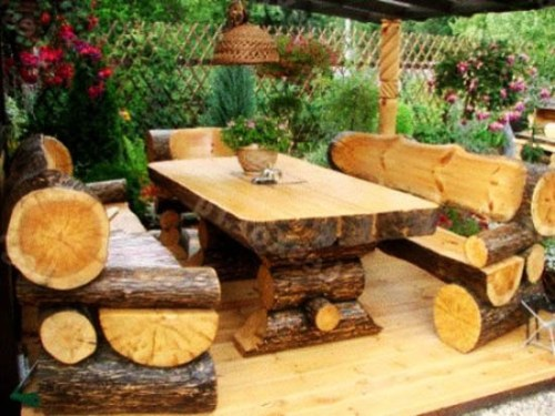 How to Decorate Garden with Wooden Logs