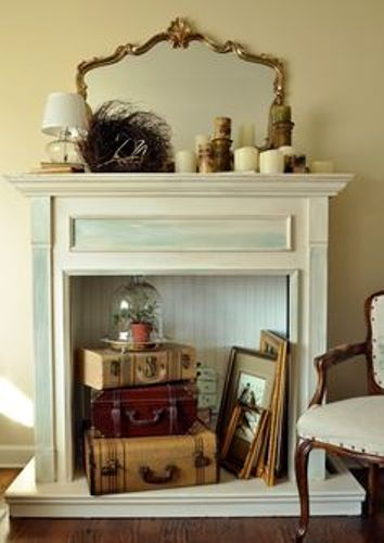 How to Decorate a Victorian Fireplace Mantel
