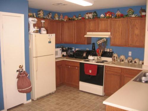 Kitchen Cupboard Decor