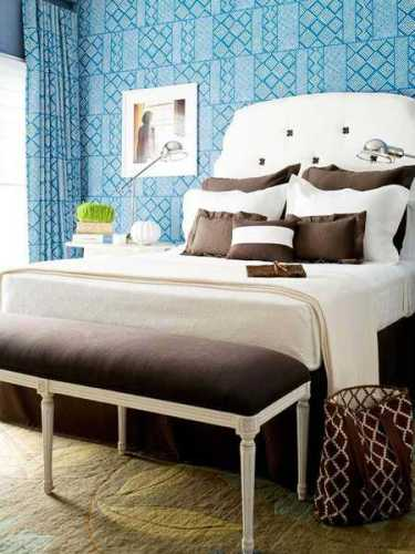 Room with Blue and Brown Colors