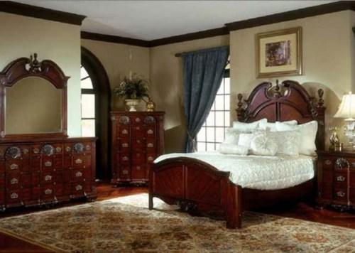 Traditional Antique Furniture