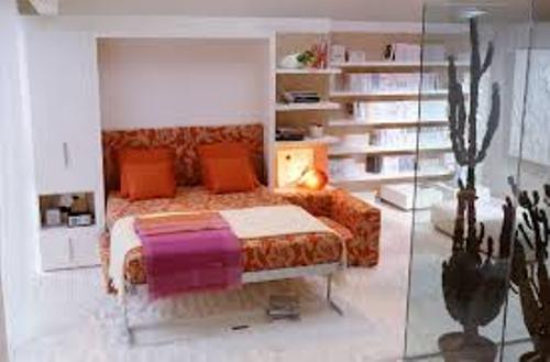 Bedroom with a Futon