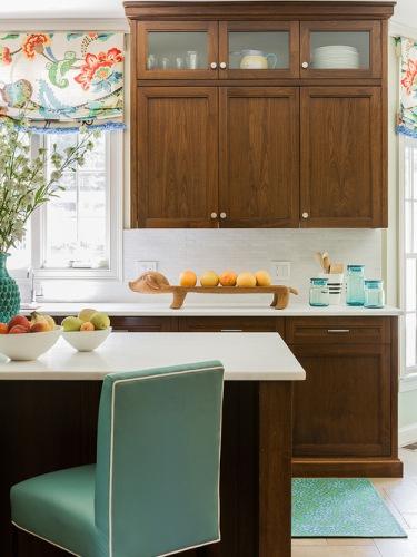 How to Organize Kitchen Bowls