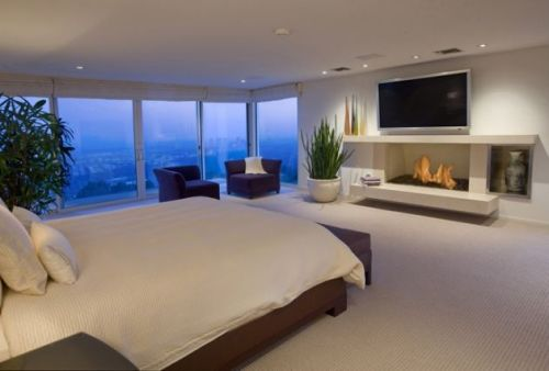 Modern Bedroom with a Lot of Windows