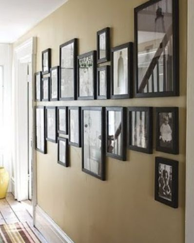 Black Pictures on Wall Different Size