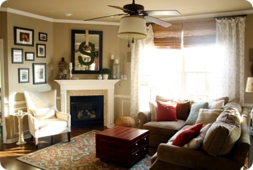 How to arrange furniture around a corner fireplace 5 tips for Furniture arrangement small living room with fireplace