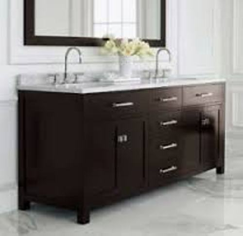 How to Arrange a Bathroom Vanity in Brown