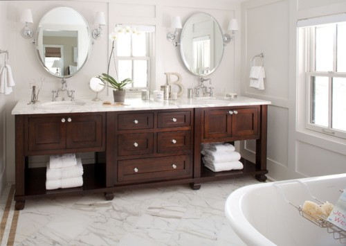 How to Arrange a Bathroom Vanity