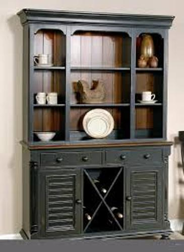 How to Arrange a Dining Room Hutch Country Look