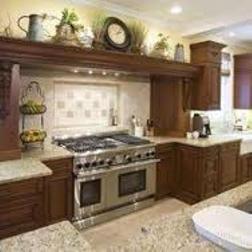 Space Above Kitchen Cabinets: How To Decorate Above Cabinets In Kitchen: 5 Tips To