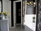 How To Decorate Bathroom In Black And White: 5 Tips For Great Look