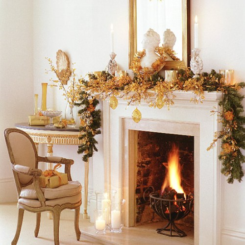 Fireplace Decor at Christmas