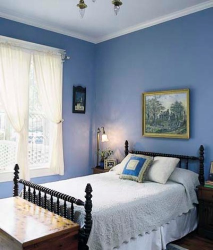 How to decorate bedroom walls 5 easy ways to select the for Best way to decorate bedroom