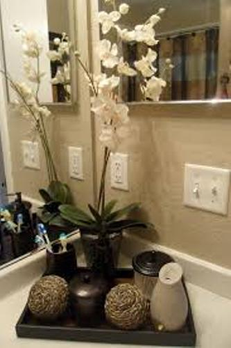 How to Decorate Bathroom Countertop