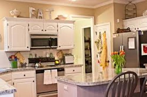 Kitchen Cabinet Pic