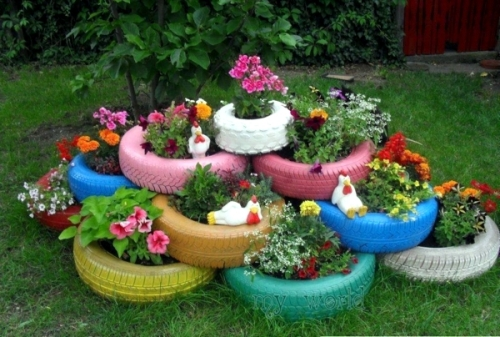 Cool Garden with Recycled Materials