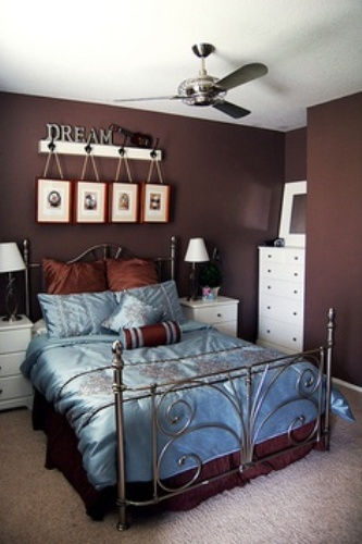 Decorative Room with Blue and Brown