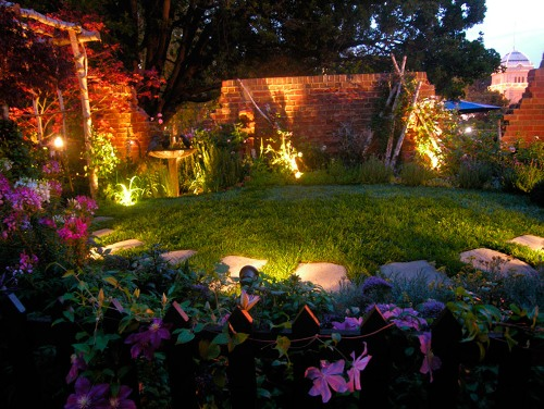 How to Decorate Garden with Solar Lights