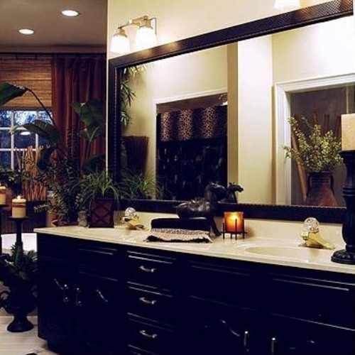 How to Decorate a Large Plain Bathroom Mirror