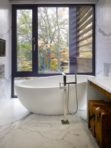 Large Bathroom Window Decor