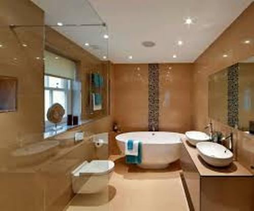 Long Wall in a Chic Bathroom