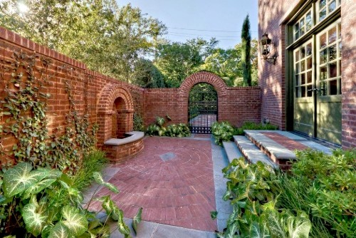 Victorian Garden with Bricks