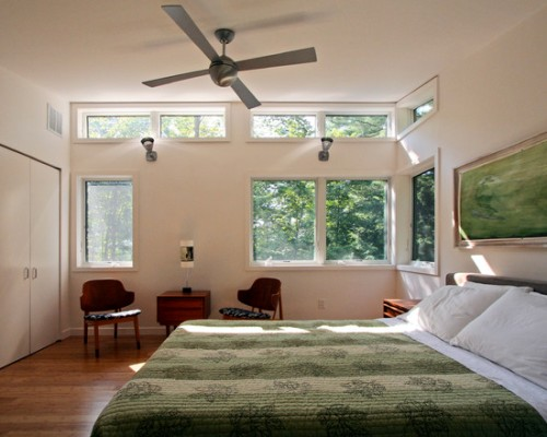 How To Arrange A Bedroom With A Lot Of Windows 5 Ideas