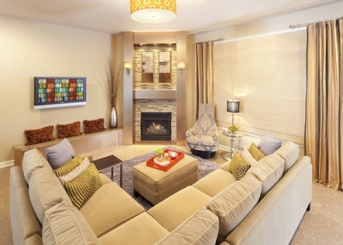 How to Arrange a Living Room with a Corner Fireplace