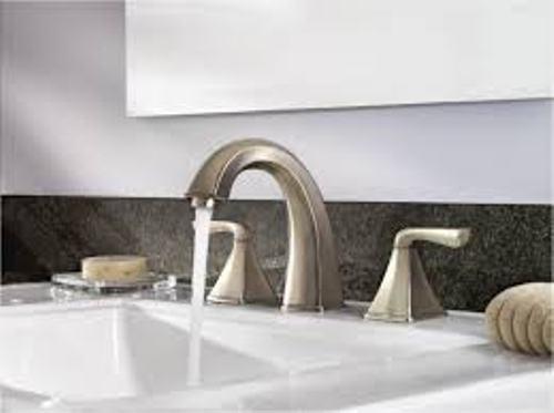 Modern Bathroom Faucet Drain